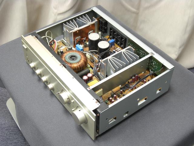 Sony-FA3ES - Amplificador Integrado. I