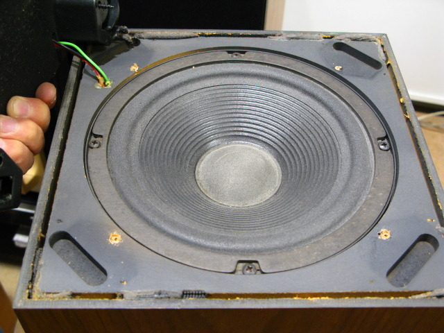 1246496 moreover Williamson besides C09 45794 24698 00 as well Bose Acoustimass 15 Speaker System further Automatic gain control. on mcintosh amplifiers tube
