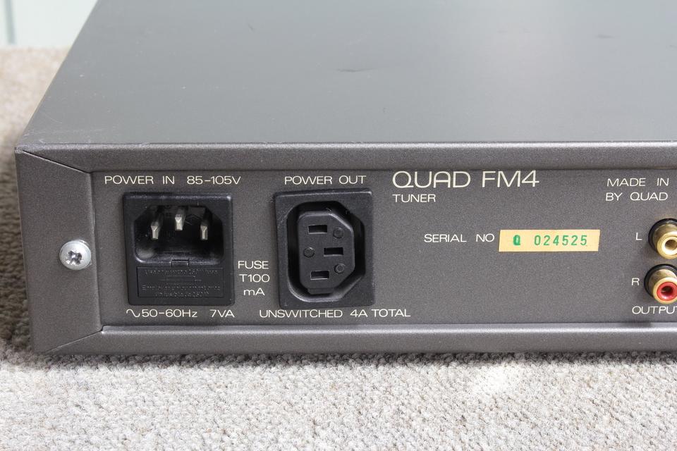 FM4 QUAD 画像