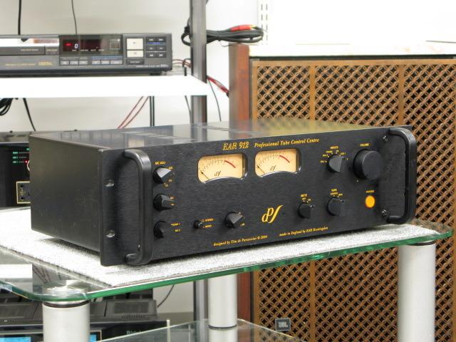912 EAR 画像