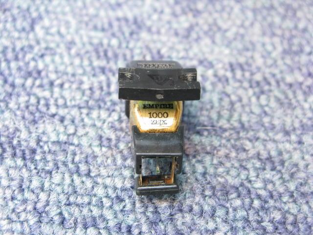 1000ZE/X EMPIRE 画像