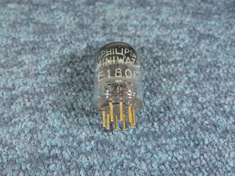 E180F PHILIPS 画像