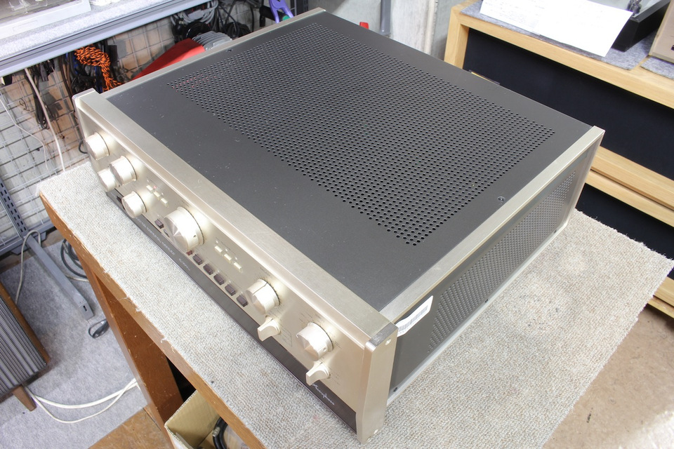 C-200L Accuphase アキュフェーズ コントロールアンプ(トランジスター) 画像d