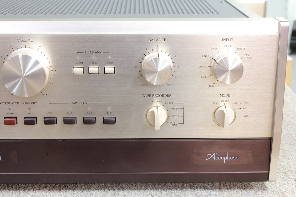 C-200L Accuphase アキュフェーズ コントロールアンプ(トランジスター) 画像f