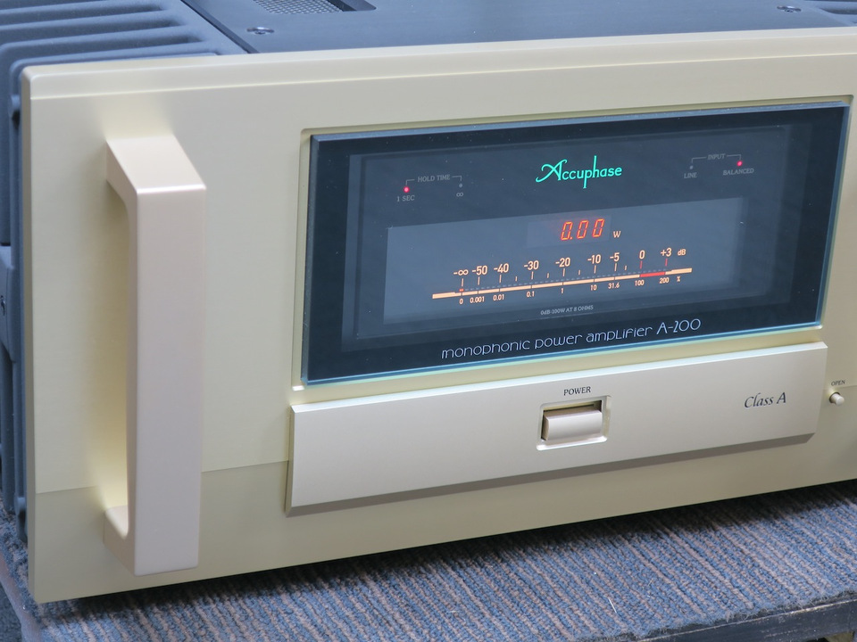 A-200 Accuphase アキュフェーズ パワーアンプ(トランジスター) 画像g