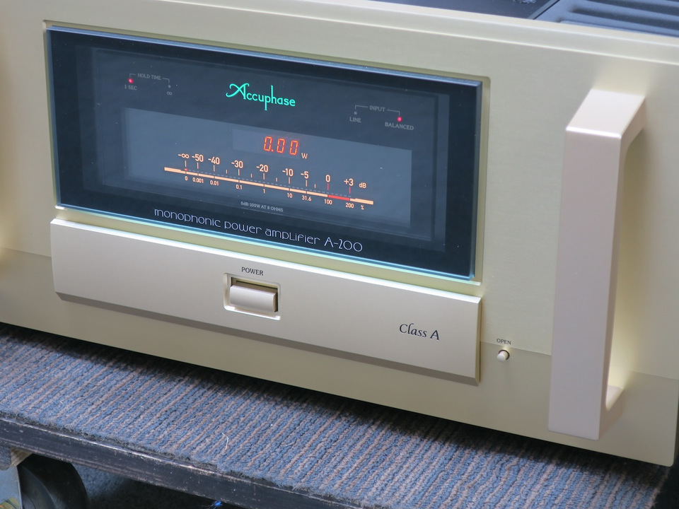 A-200 Accuphase アキュフェーズ パワーアンプ(トランジスター) 画像h