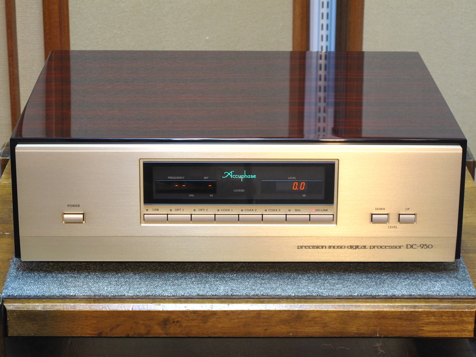 DC-950 Accuphase アキュフェーズ D/Aコンバータ 画像a