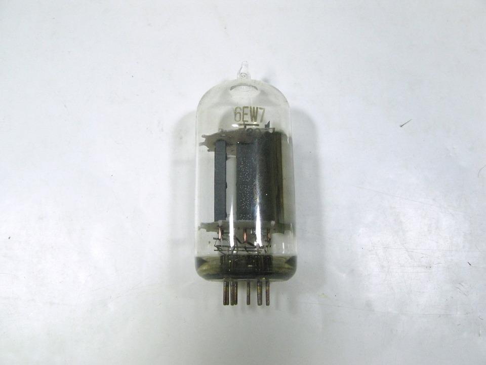 6EW7 NEC 画像