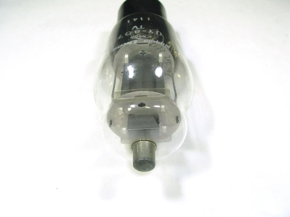 UY-807 NEC 画像