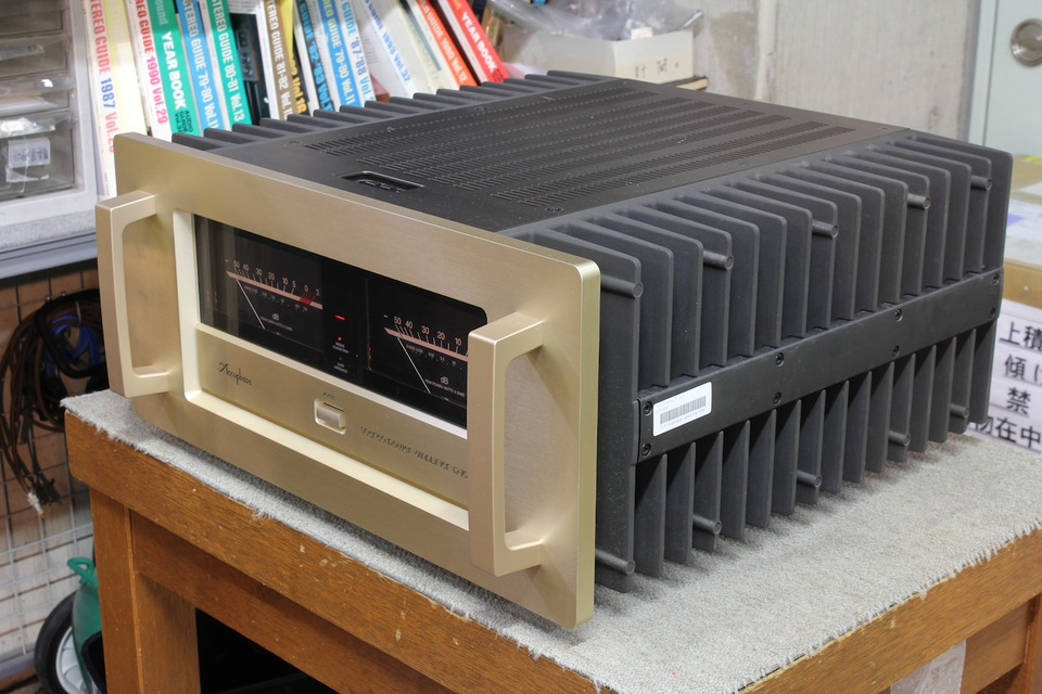P-700 Accuphase 画像