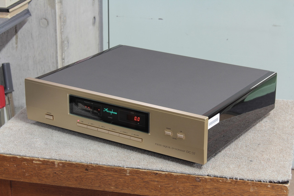DC-37 Accuphase 画像