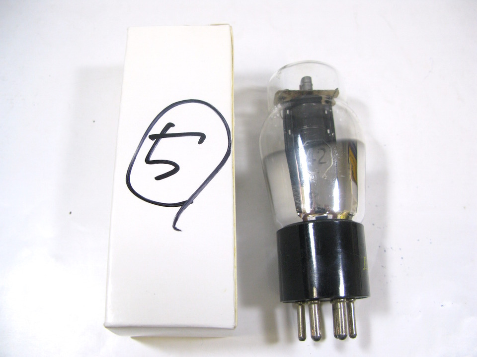 42 UNITED ELECTRON 画像