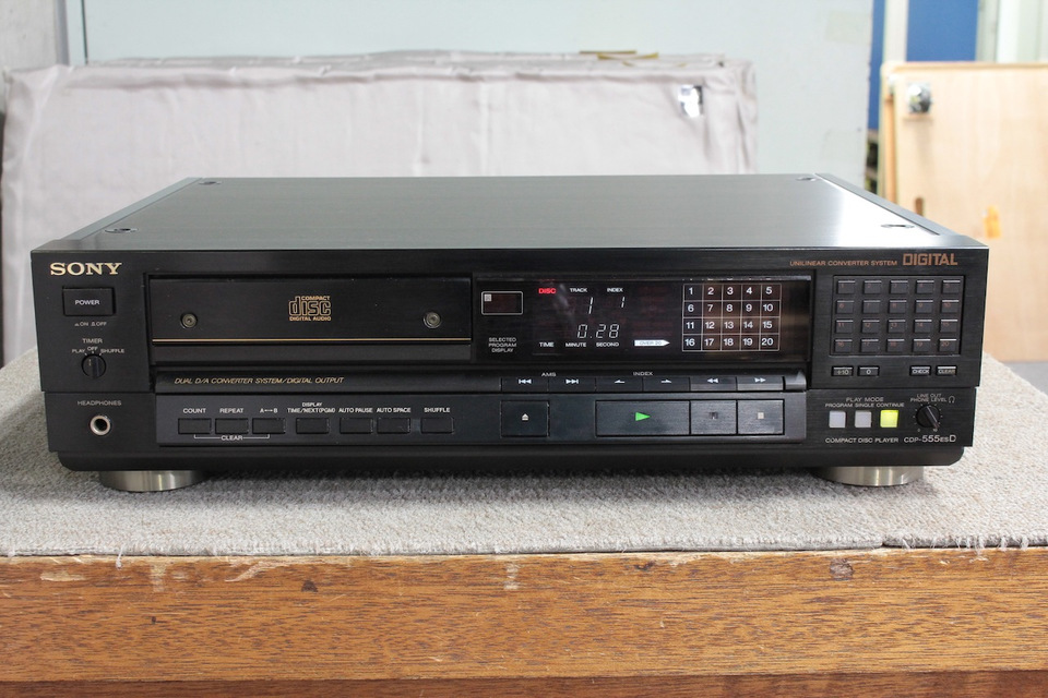 CDP-555ESD SONY ソニー CDプレーヤー 画像a
