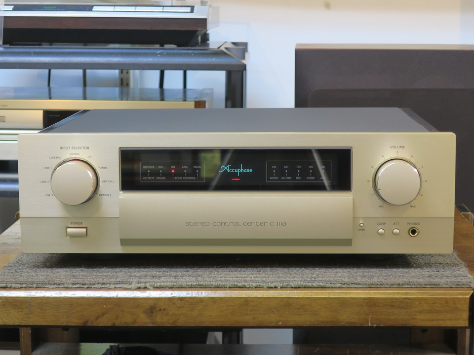 C-2110 Accuphase アキュフェーズ コントロールアンプ(トランジスター) 画像a
