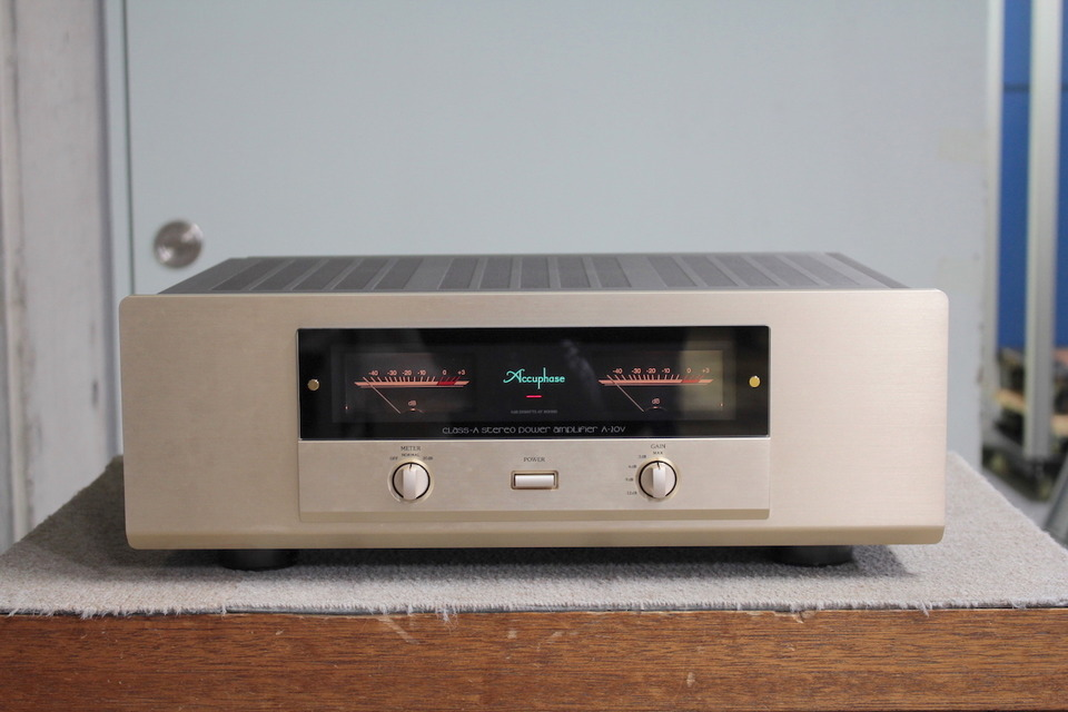 A-20V Accuphase アキュフェーズ パワーアンプ(トランジスター) 画像a