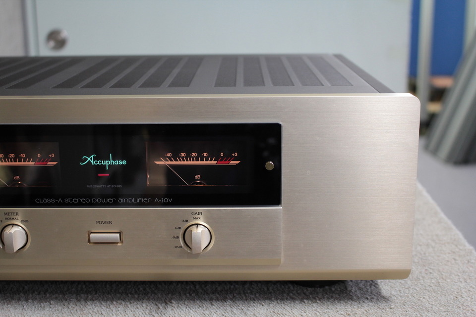 A-20V Accuphase アキュフェーズ パワーアンプ(トランジスター) 画像f