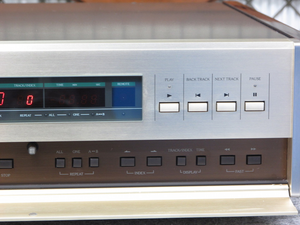 DP-80 Accuphase 画像