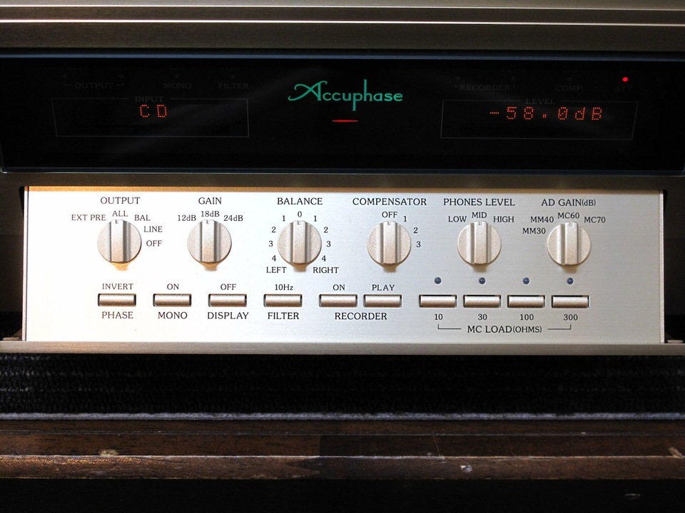 C-2820 Accuphase アキュフェーズ コントロールアンプ(トランジスター) 画像g