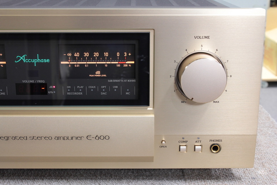 E-600 Accuphase image_f