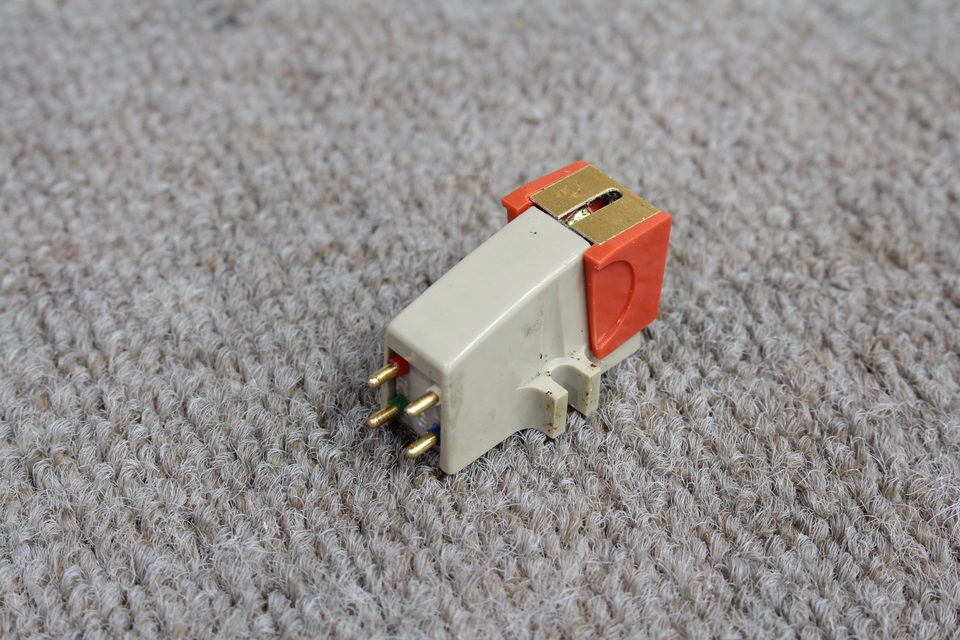 M-2100 MICRO 画像