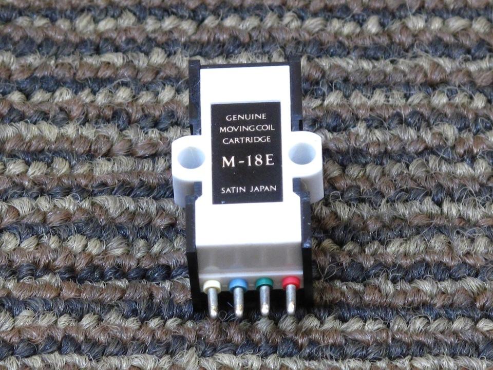 M-18E SATIN 画像