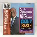 BASE SWINGIN' VOICES SWINGIN'/COUNT BASIE