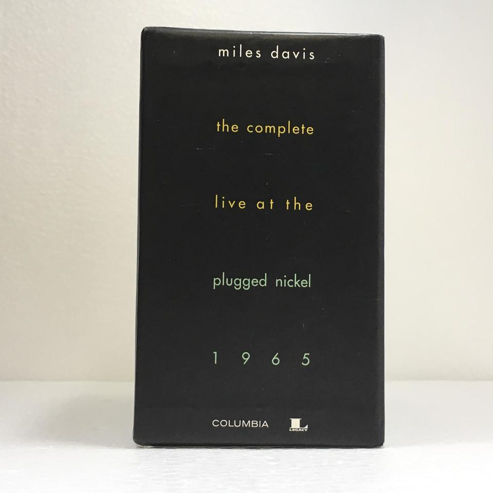 THE COMPLETE LIVE AT THE PLUGGED NICKEL 1965/MILES DAVIS MILES DAVIS 画像