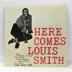 HERE COMES/LOUIS SMITH