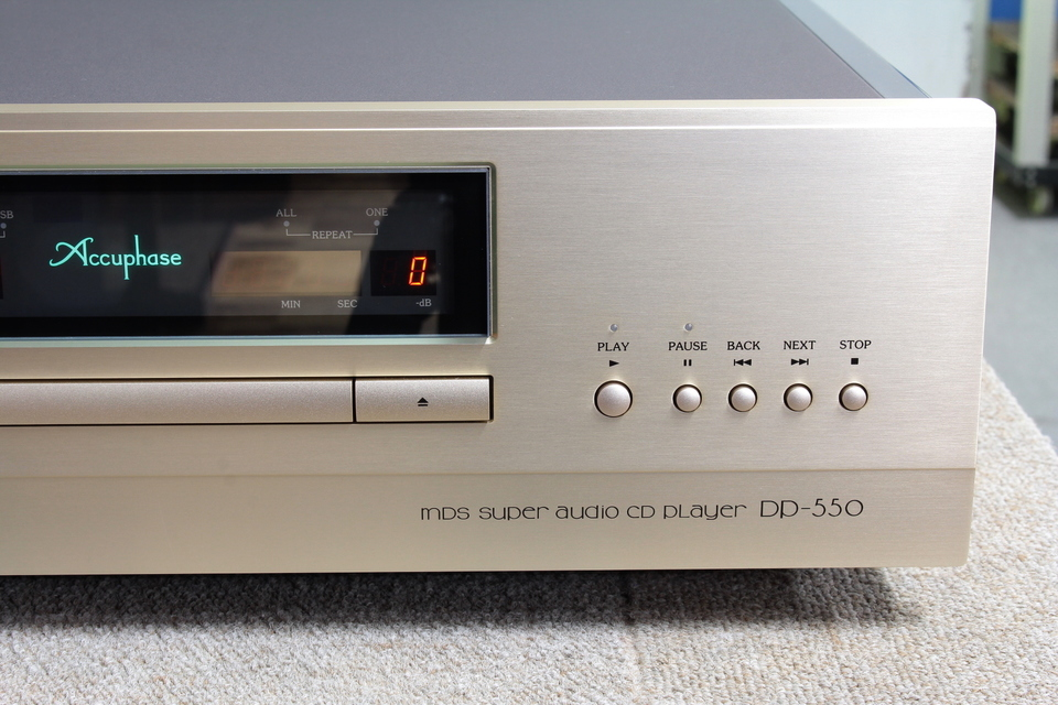 DP-550 Accuphase 画像