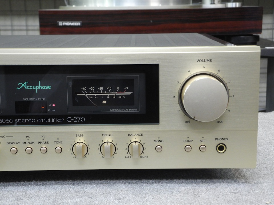 E-270 Accuphase 画像