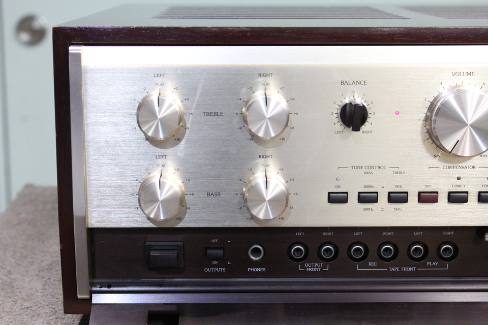 C-200X Accuphase 画像
