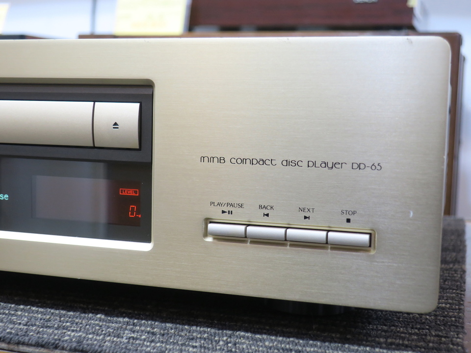 DP-65 Accuphase 画像