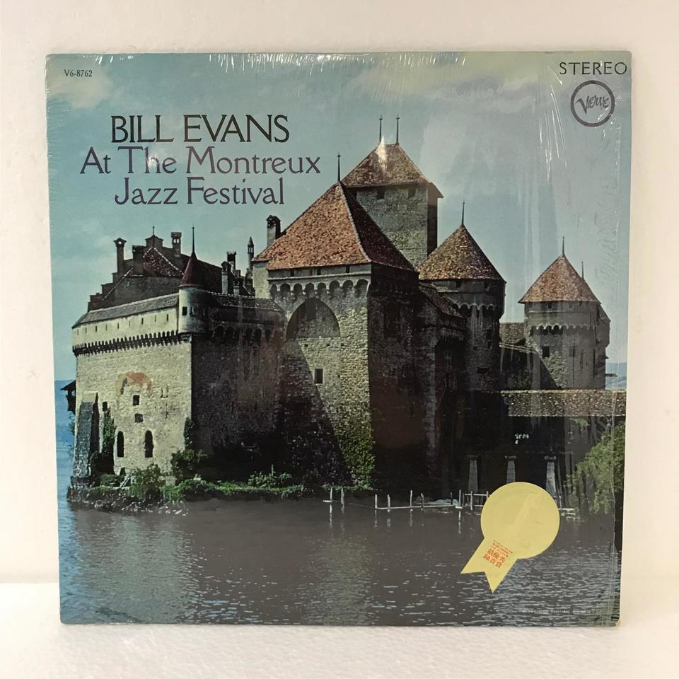 BILL EVANS AT THE MONTREUX JAZZ FESTIVAL BILL EVANS 画像