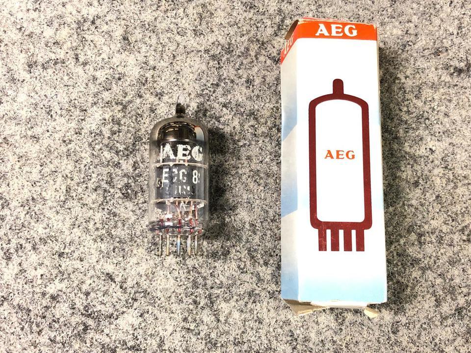 ECC85 AEG 画像