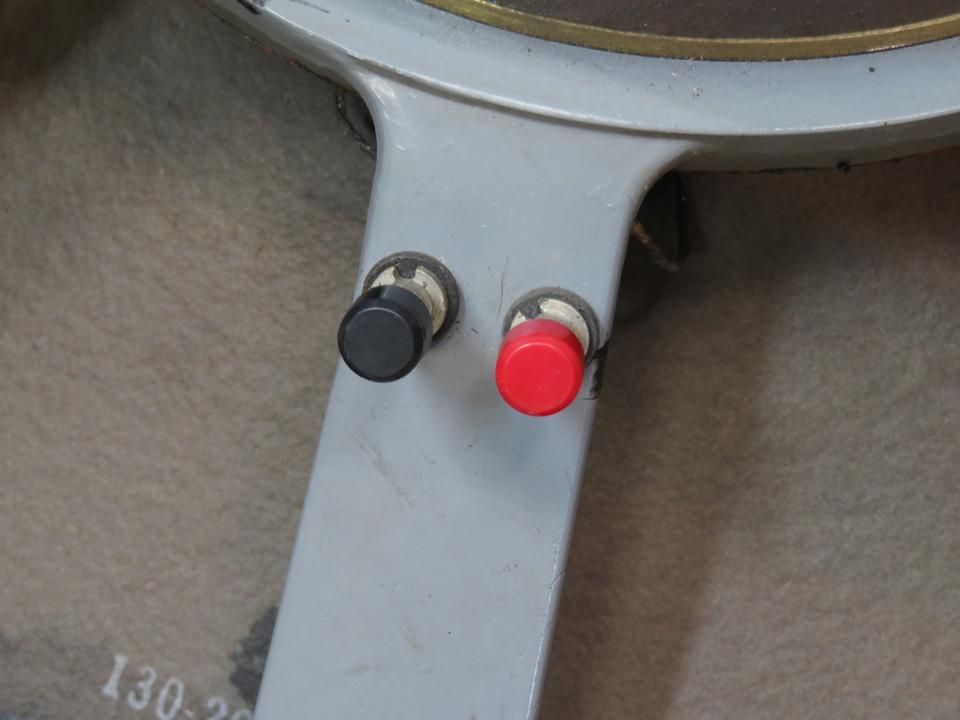 D130 JBL 画像