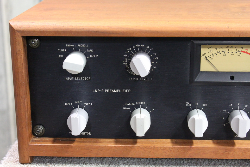 LNP-2 Mark Levinson 画像