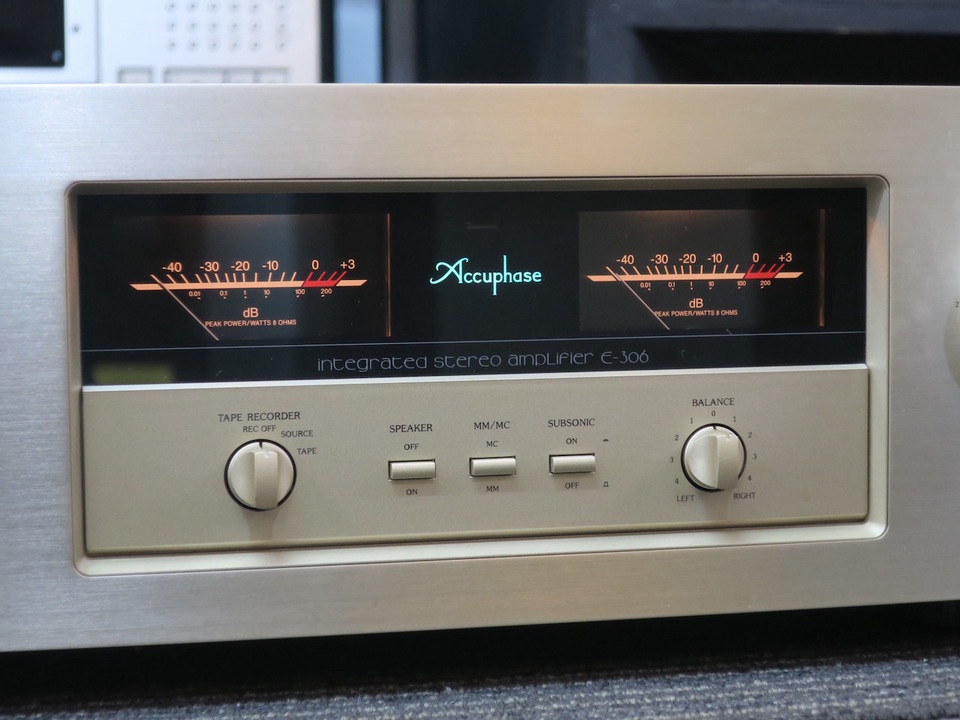 E-306 Accuphase 画像