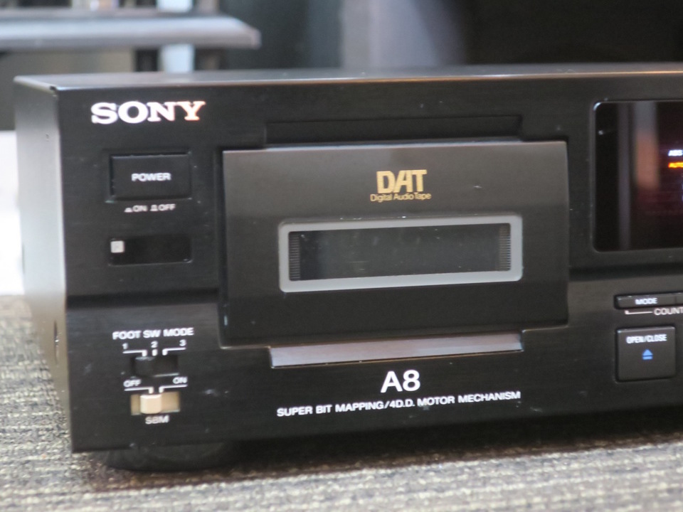 DTC-A8 SONY 画像