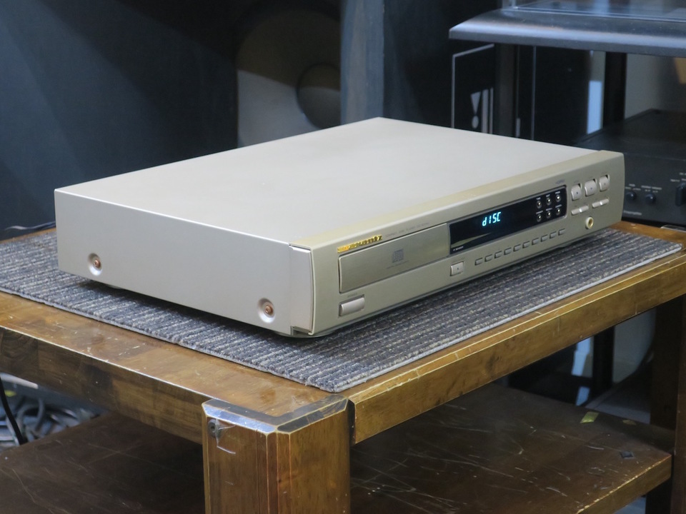 CD-67mk2 marantz 画像