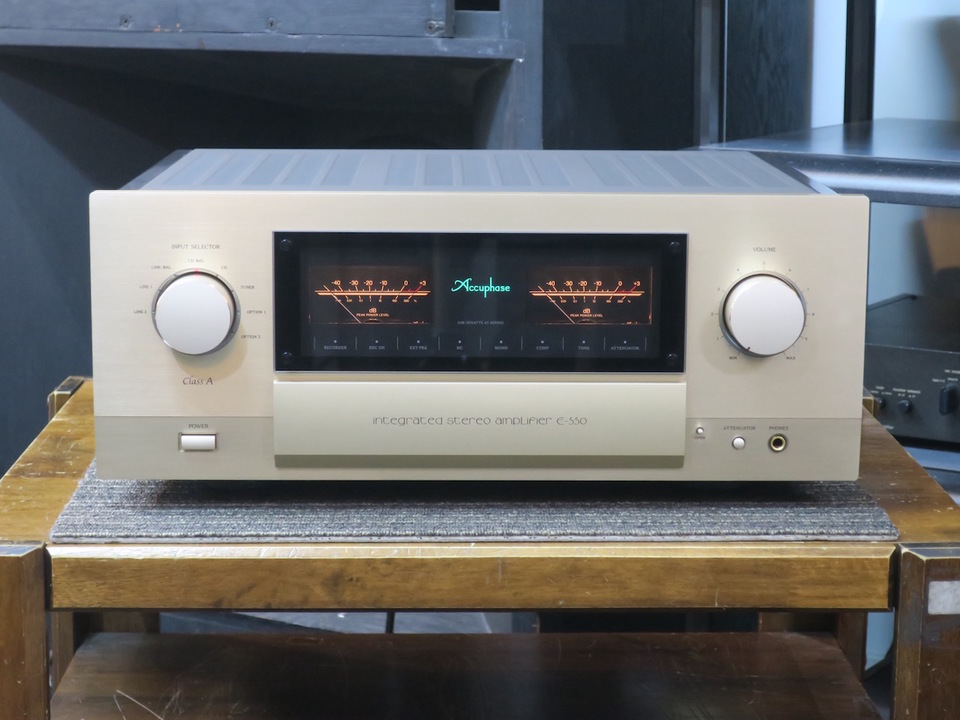 E-550 Accuphase 画像