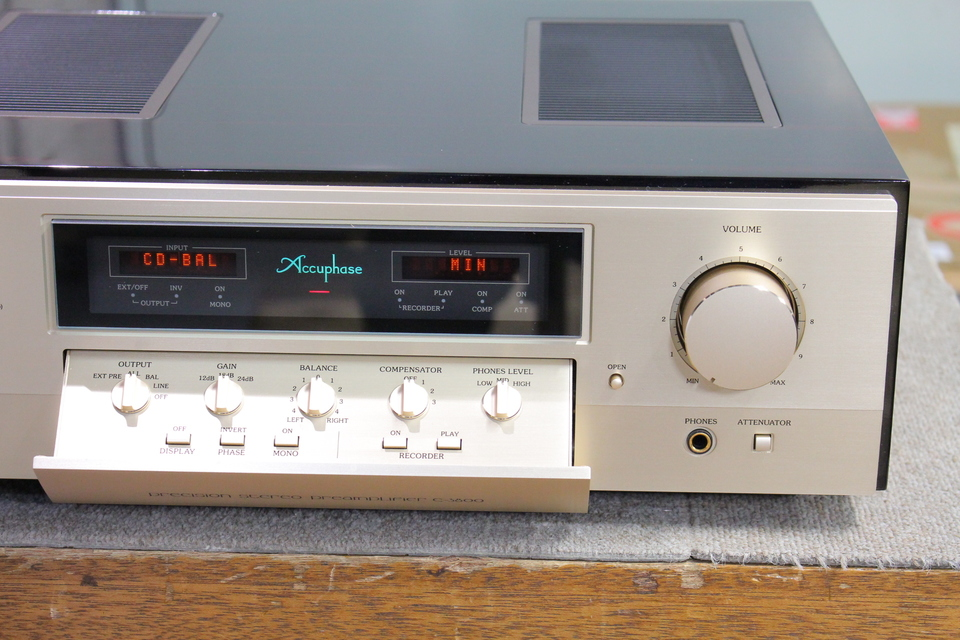 C-3800 Accuphase 画像