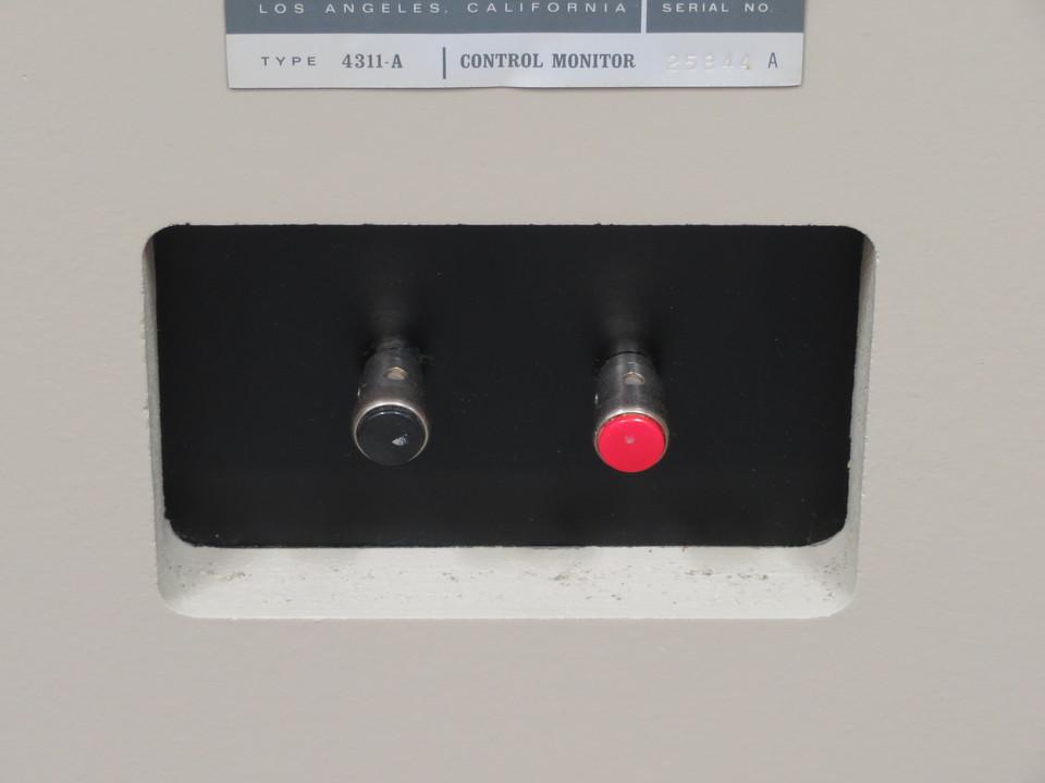 4311A JBL 画像