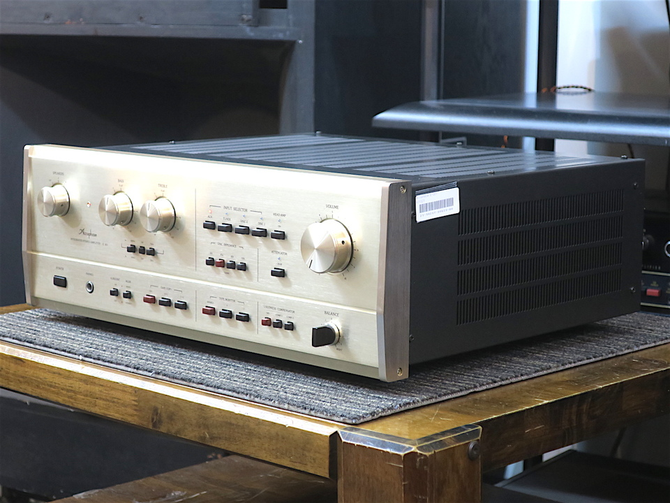 E-301 Accuphase 画像