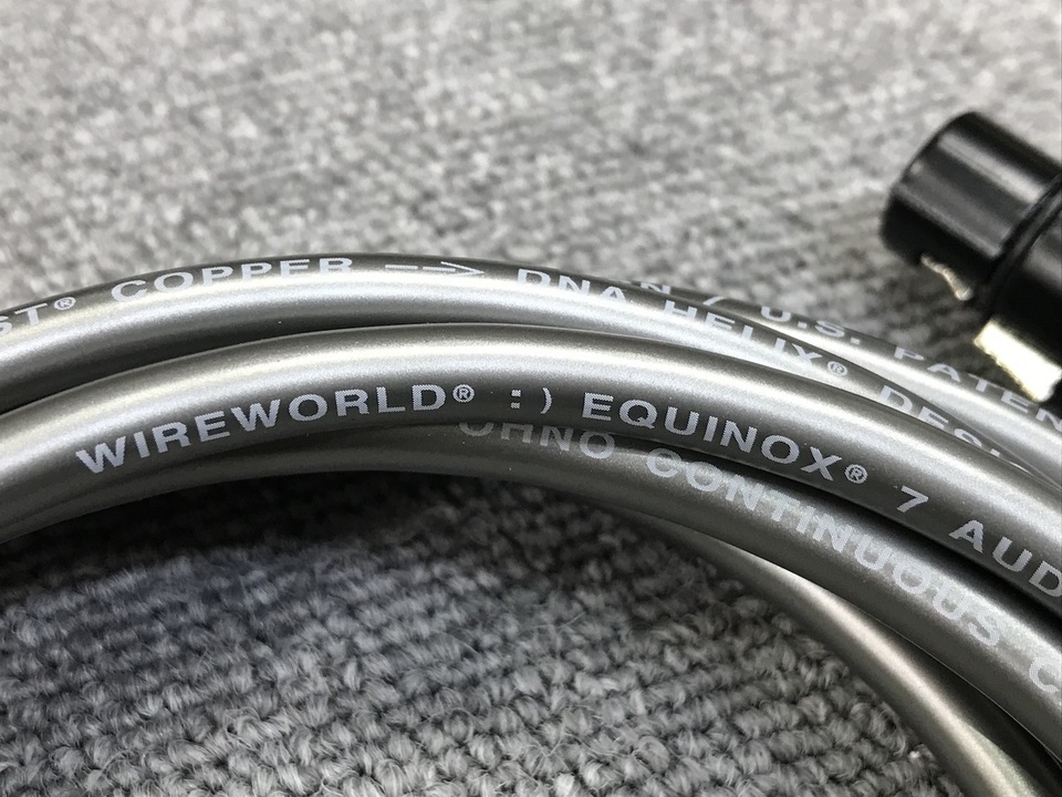 Equinox 7/2.0m WIREWORLD 画像