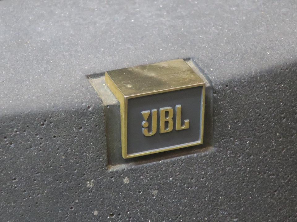 B95 JBL 画像