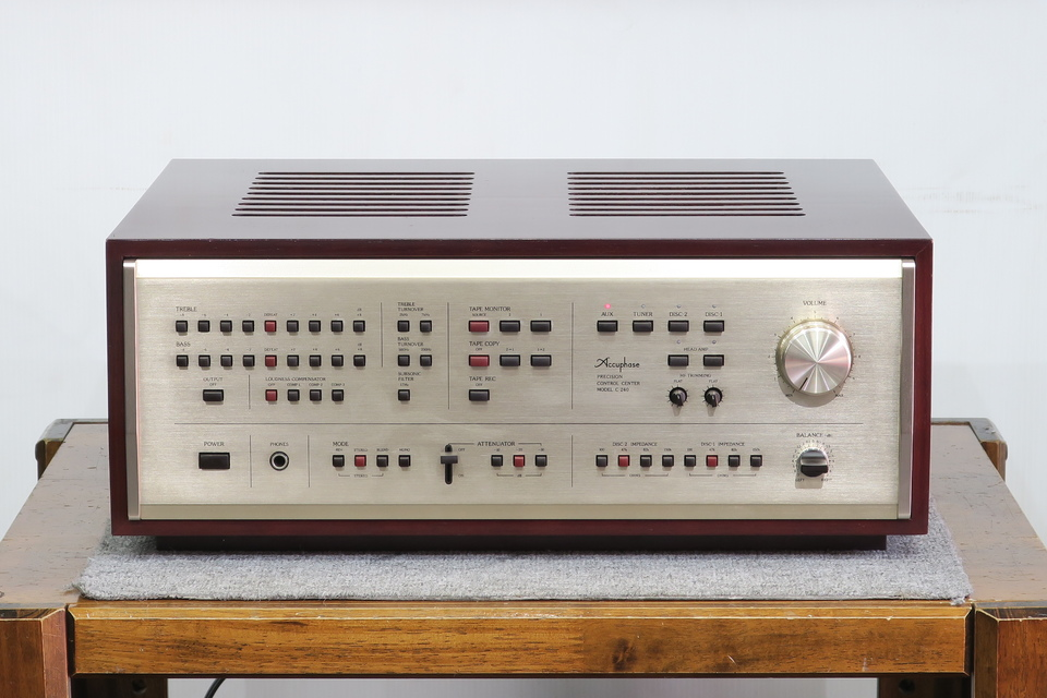 C-240 Accuphase 画像