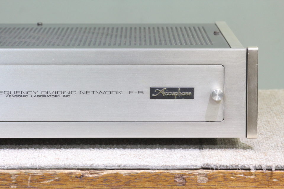 F-5 Accuphase 画像