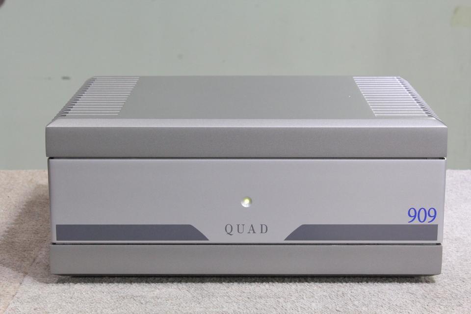 909 QUAD 画像