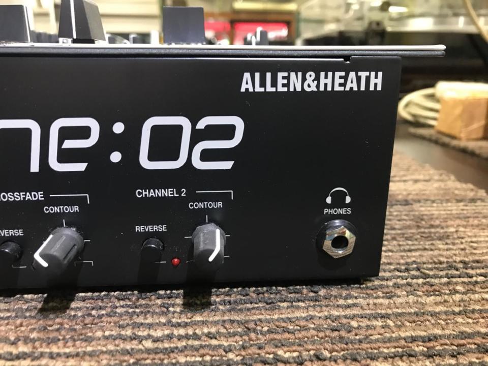X one02 ALLEN&HEATH 画像
