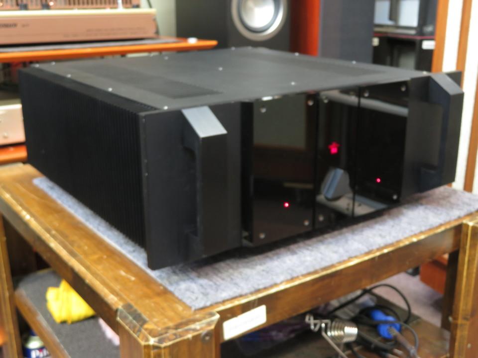 S100 GRYPHON 画像